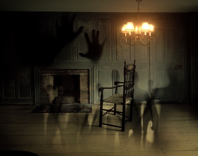 ghosts-572038_960_720