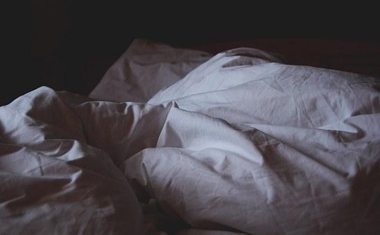 bed-linen-1149842__340.jpg